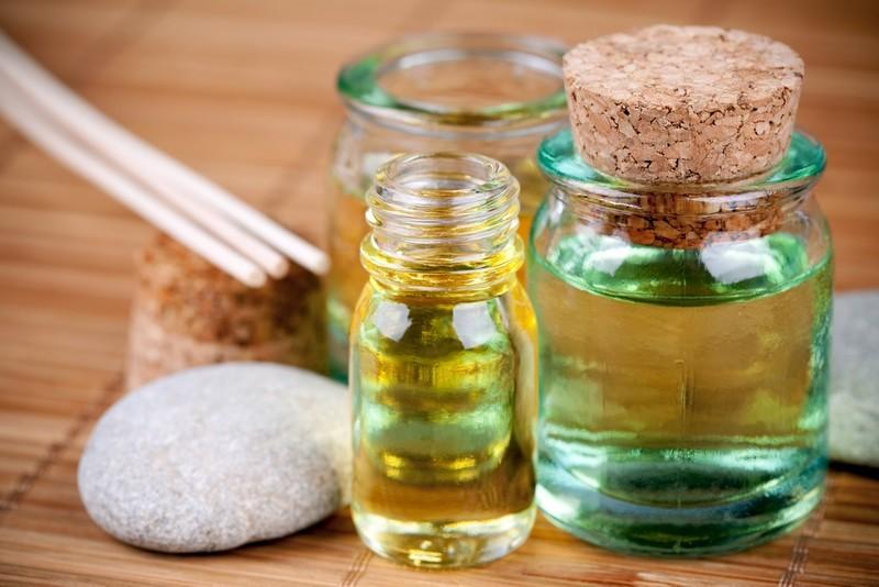 """Résultat de recherche d'images pour """"aromathérapie huiles essentielles"""""""